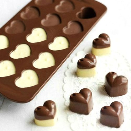 How To Use Heart Chocolate Moulds To Make Chocolates For Gifts