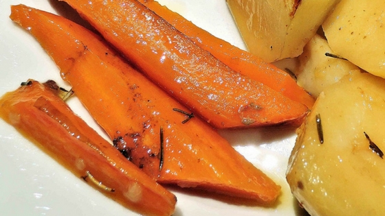 How to Make Delicious Honey Roasted Carrots